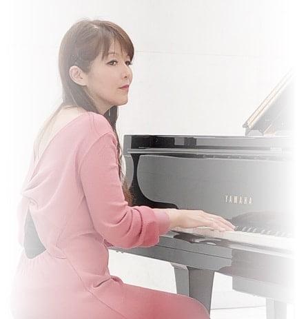 ピアノ演奏 イメージ写真2